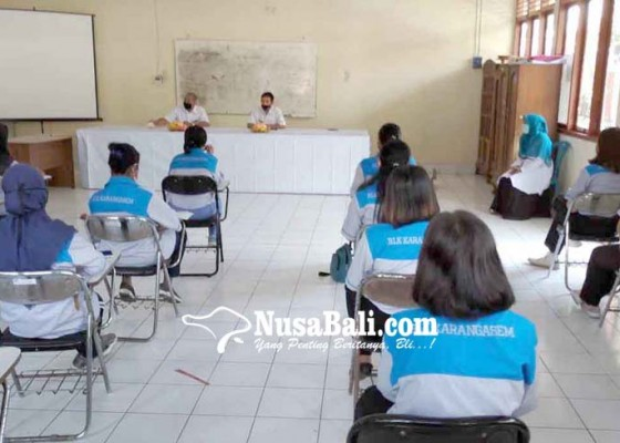 Nusabali.com - 16-alumnus-sma-pgri-lulus-pelatihan-kitchen