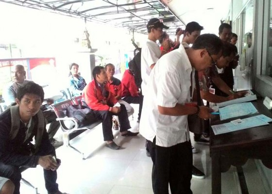 Nusabali.com - polres-tabanan-launching-pelayanan-online