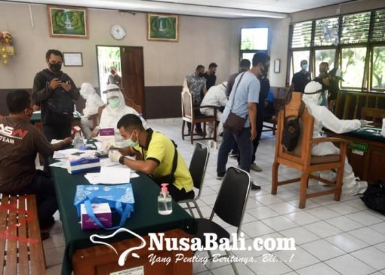 Nusabali.com - 184-orang-jalani-rapid-test-di-pn-denpasar-hasilnya-10-orang-reaktif
