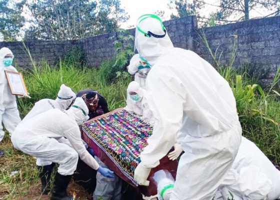 Nusabali.com - kematian-akibat-covid-19-di-bangli-tembus-26-kasus