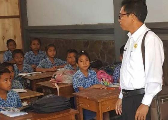 Nusabali.com - pembelajaran-masa-pandemi-di-buleleng-kurikulum-darurat-disiapkan