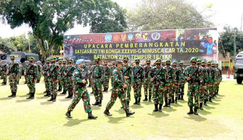 www.nusabali.com-satu-kompi-prajurit-kodam-udayana-berangkat-ke-konga