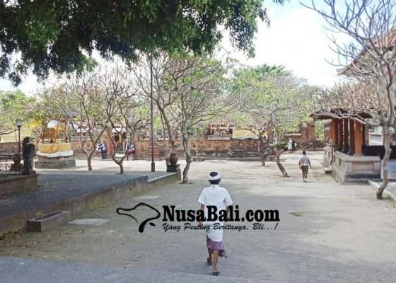 Nusabali.com - pamedek-diimbau-ngayat-dari-mrajan