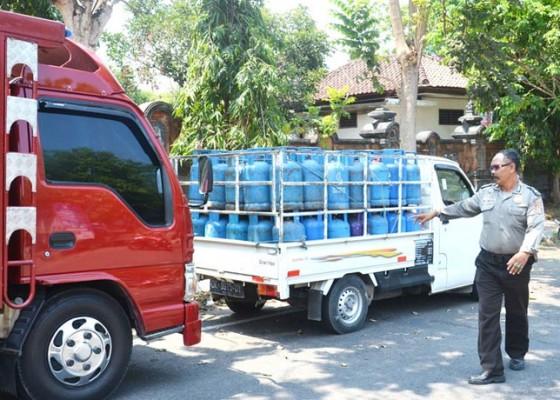 Nusabali.com - gudang-oplosan-elpiji-milik-residivis-disergap