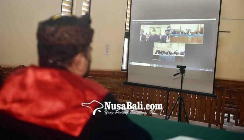 www.nusabali.com-jerinx-minta-majelis-hakim-diganti