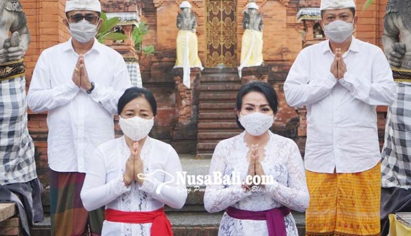 www.nusabali.com-rai-mantra-dan-jaya-negara-ucapkan-selamat-hari-suci-galungan-dan-kuningan