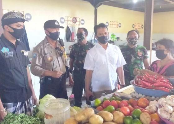 Nusabali.com - petugas-gabungan-sidak-prokes-di-pasar-legian