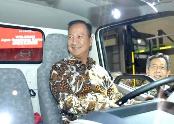 Nusabali.com - industri-otomotif-sudah-menggeliat