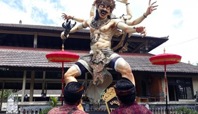 www.nusabali.com-penilaian-ogoh-ogoh-dewan-juri-turun-ke-desa