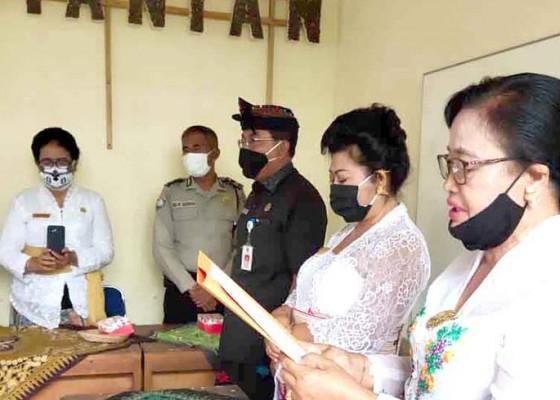 Nusabali.com - phdi-karangasem-lantik-pengurus-tingkat-desa
