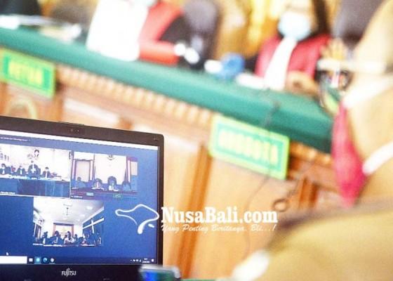 Nusabali.com - sidang-online-jerinx-ajukan-eksepsi