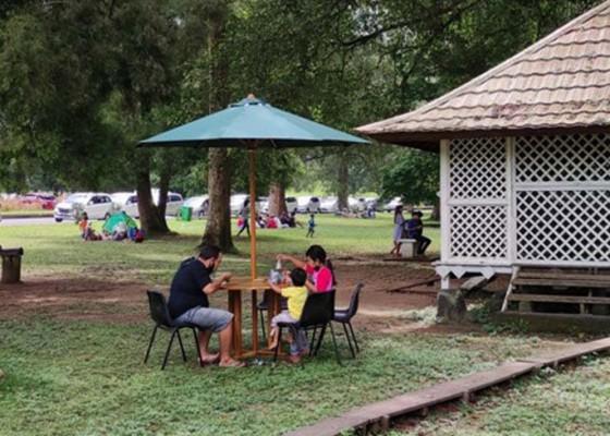 Nusabali.com - kasus-corona-tinggi-kebun-raya-kembali-batasi-jumlah-pengunjung