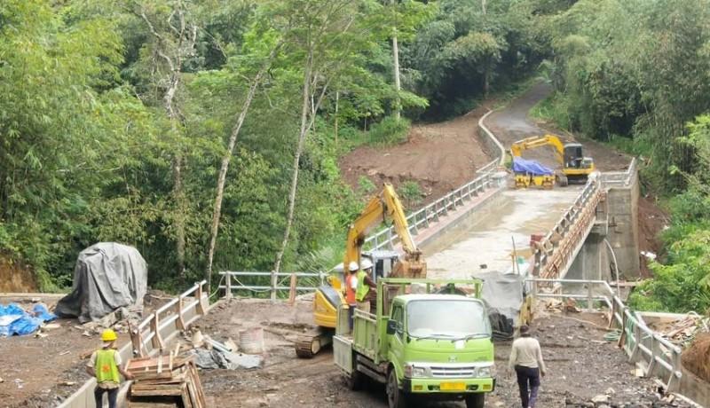 www.nusabali.com-jembatan-kedui-metra-hampir-rampung