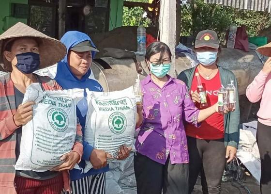 Nusabali.com - tim-pppud-unud-dampingi-pemasaran-cv-timan-agung-saat-covid-19