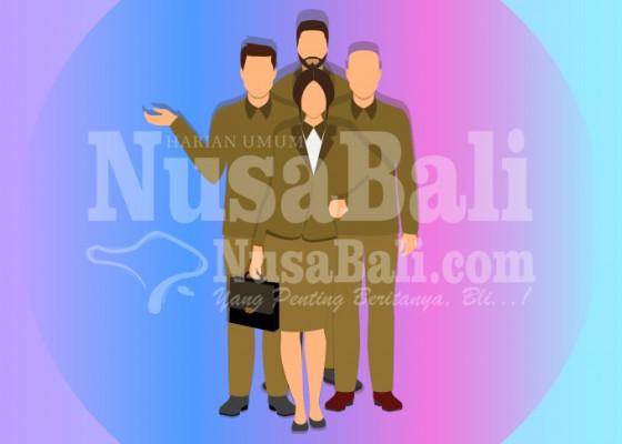 Nusabali.com - tiga-kadis-di-bangli-jelang-pensiun