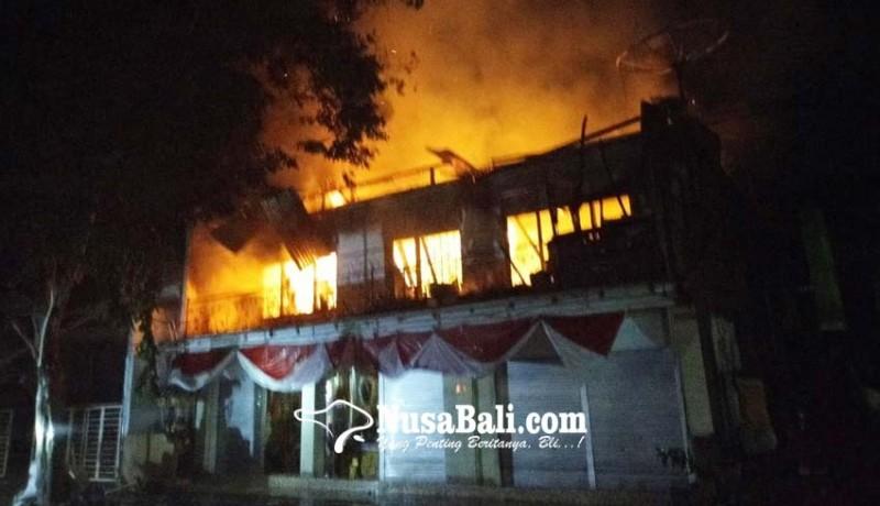 www.nusabali.com-toko-sarana-upakara-di-banyuning-kebakaran-kerugian-sekitar-rp-150-juta