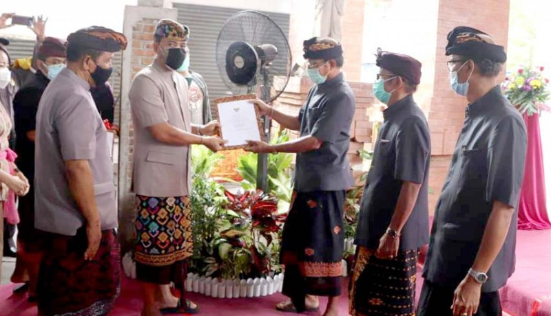 www.nusabali.com-pemkab-badung-serahkan-pengelolaan-pasar-dalung-kepada-desa-adat