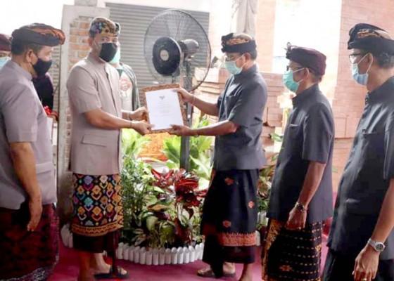 Nusabali.com - pemkab-badung-serahkan-pengelolaan-pasar-dalung-kepada-desa-adat