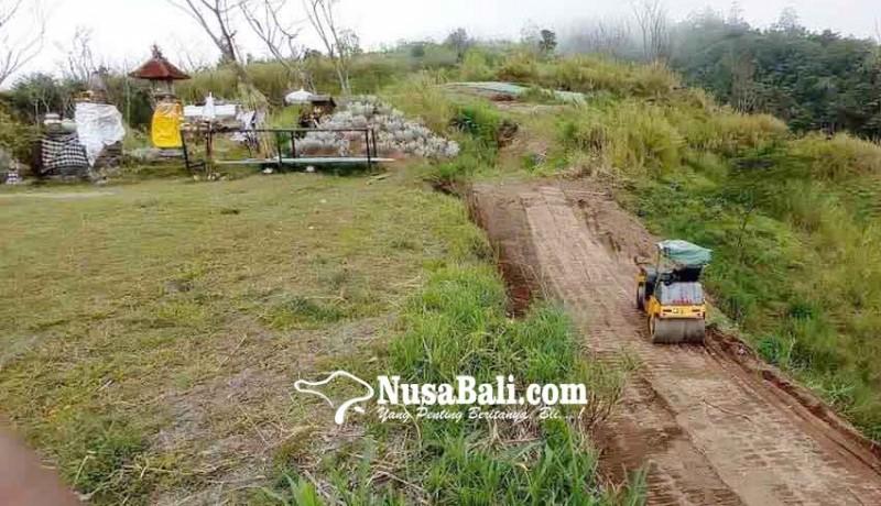 www.nusabali.com-jalan-ke-pura-tunggul-besi-diperkuat-drainase-dan-dpt