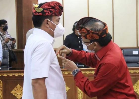 Nusabali.com - gubernur-koster-kukuhkan-lihadnyana-sebagai-pjs-bupati-badung