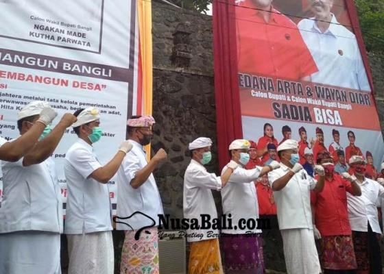 Nusabali.com - diawali-sembahyang-bersama-pasangan-calon-deklarasi-pilkada-damai