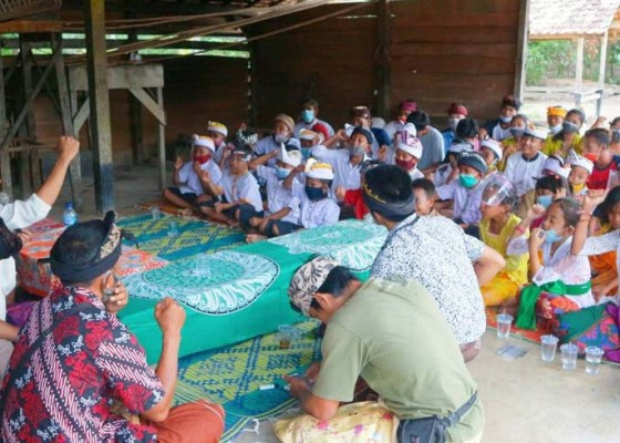 Nusabali.com - kmhdi-bagi-masker-dan-vitamin-gratis