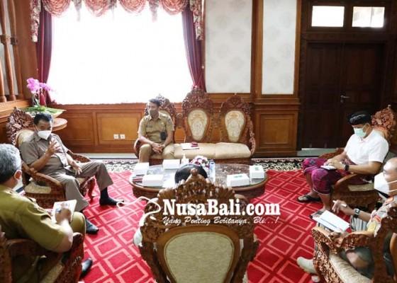 Nusabali.com - pjs-bupati-tak-mau-ada-pengawalan-khusus