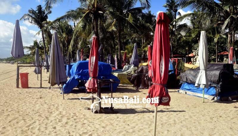 www.nusabali.com-desa-adat-siapkan-700-slot-pedagang-di-pantai-kuta