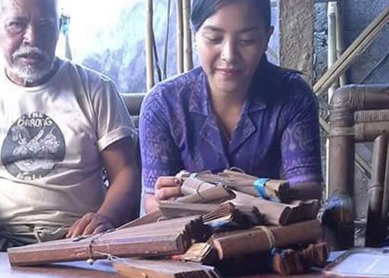 Nusabali.com - lontar-tenget-hadang-pelestarian-lontar