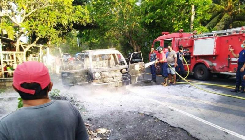 www.nusabali.com-awalnya-mogok-pick-up-terbakar