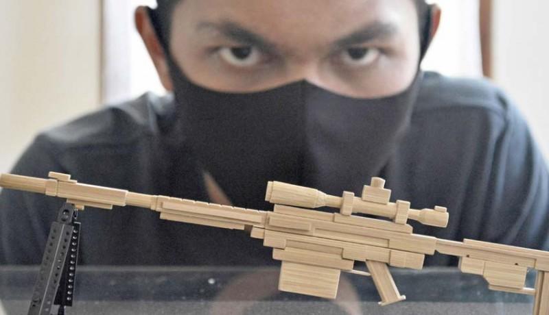 www.nusabali.com-kerajinan-miniatur-senjata