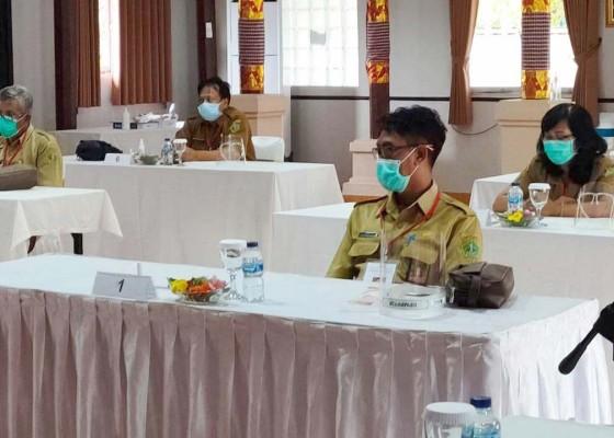 Nusabali.com - enam-pelamar-asisten-1-ikuti-tes-asesmen