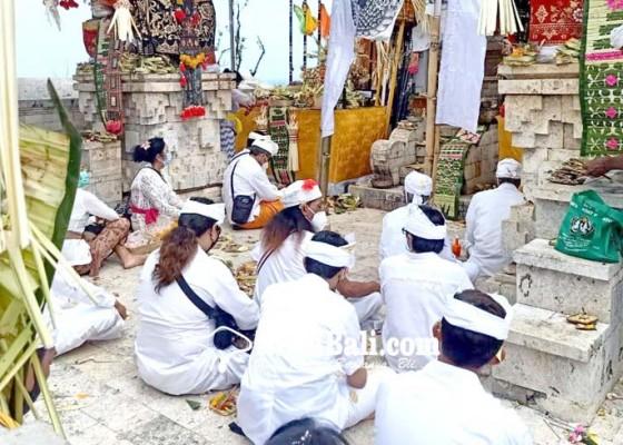 Nusabali.com - pujawali-pura-luhur-uluwatu-hanya-berlangsung-satu-hari