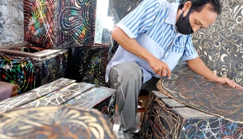 www.nusabali.com-kerajinan-ukir-kayu