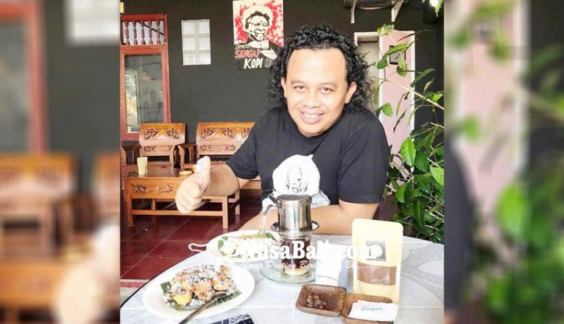 www.nusabali.com-job-manggung-berkurang-sengap-medagang-kopi