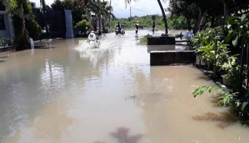 www.nusabali.com-ratusan-rumah-di-pengambengan-terendam-banjir
