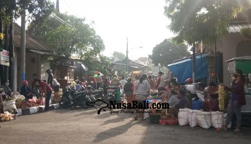 www.nusabali.com-pasar-umum-sukawati-relokasi-sepi