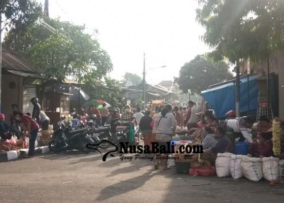Nusabali.com - pasar-umum-sukawati-relokasi-sepi