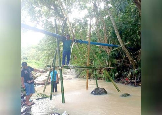 Nusabali.com - hujan-deras-distribusi-air-kepada-8000-pelanggan-di-kerambitan-terganggu