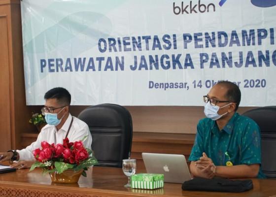 Nusabali.com - bkkbn-bina-lansia-menjadi-lansia-tangguh-dan-mandiri