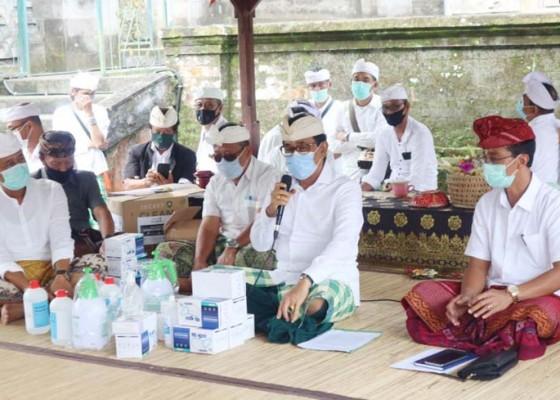 Nusabali.com - umat-diimbau-ngubeng-di-merajan-masing-masing