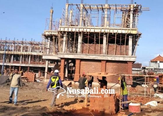 Nusabali.com - proyek-gedung-smpn-14-denpasar-molor