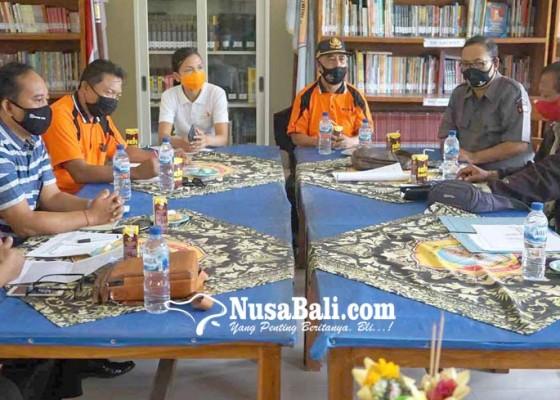 Nusabali.com - smkn-amlapura-rencanakan-bangun-padmasana
