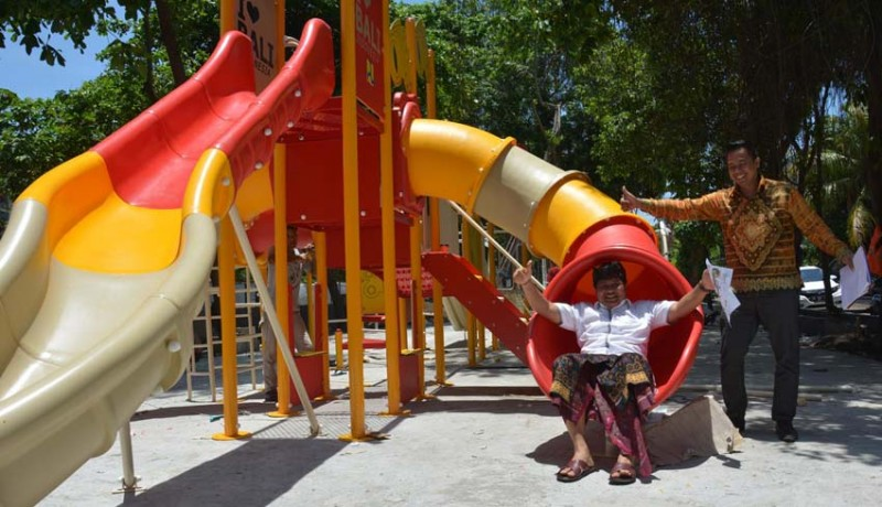 www.nusabali.com-wow-wahana-bermain-anak-senilai-rp-2-m-sudah-terpasang