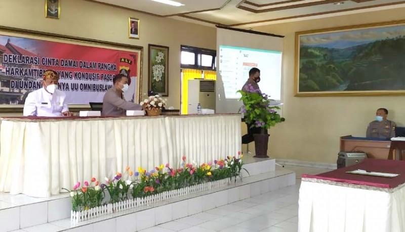 www.nusabali.com-polres-gianyar-buka-pelaporan-peristiwa-via-whatsapp