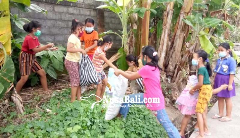 www.nusabali.com-jelang-plastik-exchange-anak-anak-buru-sampah-plastik