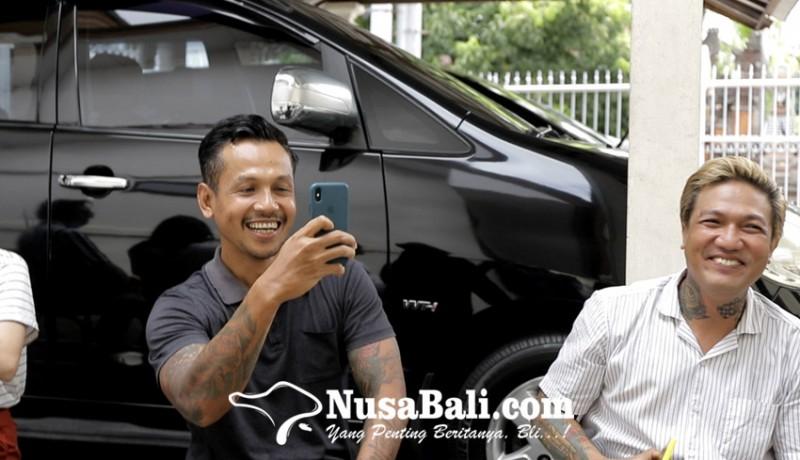 www.nusabali.com-haru-biru-sidang-tatap-muka-jerinx