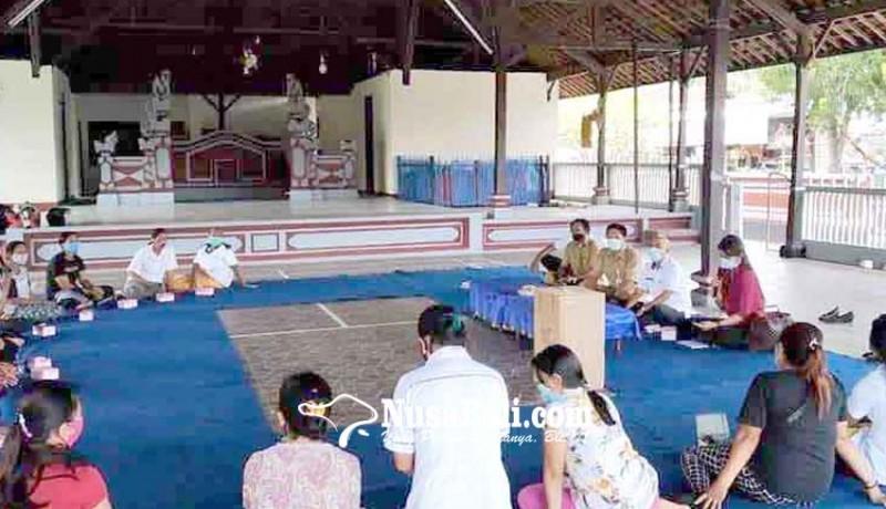 www.nusabali.com-pembinaan-lansia-tangguh-di-desa-budakeling