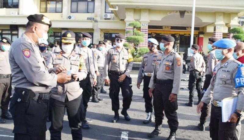 www.nusabali.com-antisipasi-demo-polres-badung-siagakan-3-pleton-dalmas