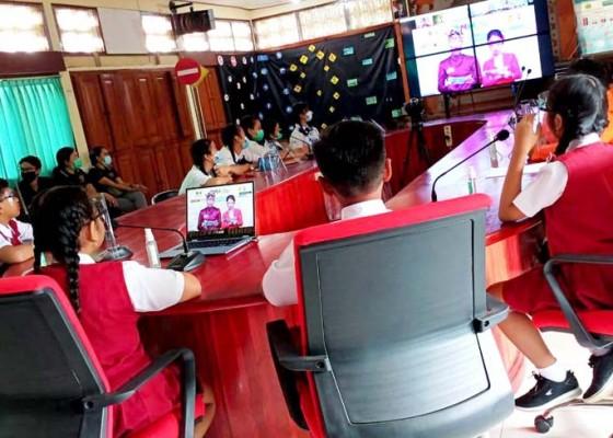 Nusabali.com - 15-siswa-di-tabanan-ikuti-cerdas-cermat-pekan-nasional-keselamatan-berlalu-lintas